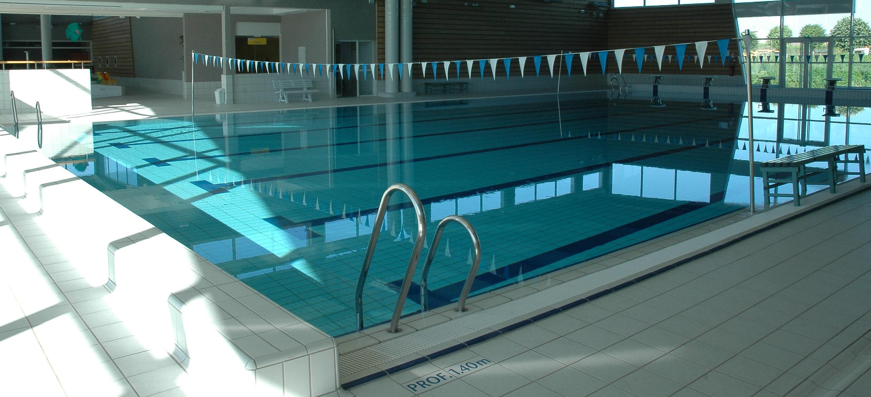 Het 25 meter zwembad in St Junien
