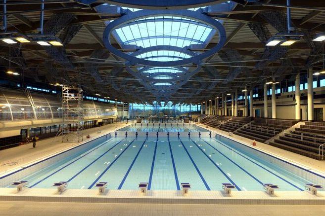 Het fraaie 50 meter bad in Limoges